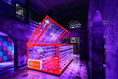 Photo series for the official press release of the Nike Air Max Day in Shanghai, China, featuring a pop-up shoe box at the 2015 Design Shanghai fair, and an installation at the Huaihai road flagship store. Shanghai, Display Design, Booth Design, Stand Design, Air Max Day, Retail Store Design, Retail Stores, Retail Interior, Pop Up Shops