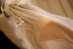 Wedding gown. White. Veil. Wedding in Italy. Wedding ceremony. Wedding planner. Destination wedding.