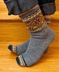 From *Favorite Socks* by Nancy Bush Yarns: Schoeller Stahl, Tess Designer, and Lana Grossa Ravelry Notebook Crochet Socks, Knit Mittens, Mitten Gloves, Knit Crochet, Knit Socks, Loom Knitting, Knitting Socks, Hand Knitting, Knitting Patterns