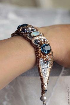 """Купити Браслет """"Via dell'Amore"""". - синий, браслет, золотой, золото, стразы, шёлк натуральный"""