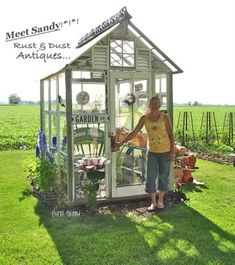 How to make the small greenhouse? There are some tempting seven basic steps to make the small greenhouse to beautify your garden. Window Greenhouse, Cheap Greenhouse, Backyard Greenhouse, Greenhouse Plans, Portable Greenhouse, Fun Backyard, Greenhouse Wedding, Modern Greenhouses, Greenhouse Interiors