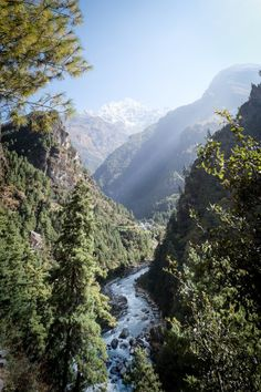 walking tracks in Phakding Nepal [OC] [1413x2123] Original Link