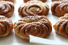 pikku murusia: Korvapuustit Doughnuts, Almond, Muffins, Cupcakes, Cookies, Breakfast, Party, Tuli, Desserts