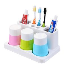 1PCS A family of Three Style Plastics Toothbrush Cup Wash Suit - USD $ 35.29