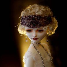 Gladys. collection ZiegfeldGirls. Porcelain. 56 cm