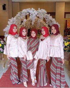 Model Kebaya Modern Terbaru Rok Batik Motif Parang