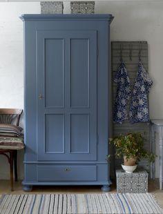 Butik Lanthandeln - Skåp i vackert blått SÅLT