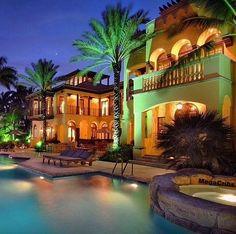 Luxurious Miami MegaCrib