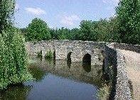 Thouarsais - Rando79, le pont roman de la Roche