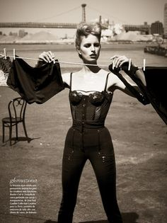 Figura de Mujer (Vogue Mexico) - June 2012 - karolina Kurkova by Mariano Vivanco