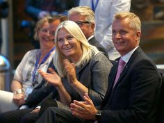 Royals & Fashion - Crown Princess Mette Marit attended the opening of the annual conference of the Norwegian Association of Psychology in her capacity as patron of the Association for Mental Health.
