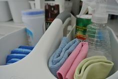 How to keep the under the kitchen sink area clean, tidy and organized!