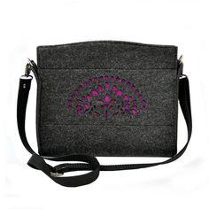 Small felt Bag - violet and dark gray von Beltrani auf DaWanda.com
