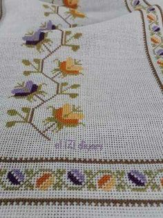 Discover thousands of images about Folk Embroidery, Vintage Embroidery, Cross Stitch Embroidery, Embroidery Patterns, Cross Stitch Rose, Cross Stitch Borders, Cross Stitch Flowers, Point Lace, Bargello