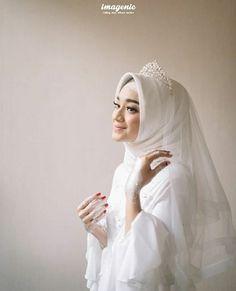 Ideas photography wedding hijab for 2019 Muslimah Wedding Dress, Muslim Wedding Dresses, Muslim Brides, Hijabi Wedding, Muslim Dress, Dress Wedding, Wedding Hijab Styles, Bridal Hijab, Mode Hijab