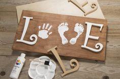 Baby Handprint & Footprint Love Wood Sign Craft…these the BEST Hand & Foot Art… Baby Handprint & Footprint Love Wood Sign Craft…these the BEST Hand & Foot Art Ideas! Kids Crafts, Crafts To Do, Wood Crafts, Craft Projects, Diy Wood, Kids Diy, Creative Crafts, Crafts With Baby, Baby Feet Crafts
