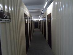 Os boxes do ArmazenAqui são bem organizados para armazenagem de documentos em SP e possuem toda estrutura para proporcionar segurança para os produtos armazenados. Fale com um dos representantes do ArmazenAqui e contrate agora mesmo o serviço de armazenagem de documentos em SP.