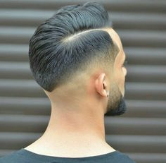 40 Low Fade Haircut Ideas For Stylish Men - Practical & Attractive Styles Barber Haircuts, Cool Haircuts, Haircuts For Men, Men's Haircuts, Low Fade Haircut, Textured Haircut, Hair And Beard Styles, Curly Hair Styles, Low Skin Fade