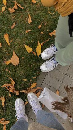 Weather Check, Autumn Cozy, Autumn Aesthetic, Best Vibrators, Fall Photos, Winter Theme, Aesthetic Iphone Wallpaper, Autumn Inspiration, Dream Garden