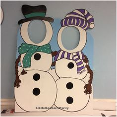 Winter Wonderland Photo Booth Prop - Snowman Buddies Face in Hole Photo Op Stand-in - Indoor / Outdoor Decorations - Snowman Cutout