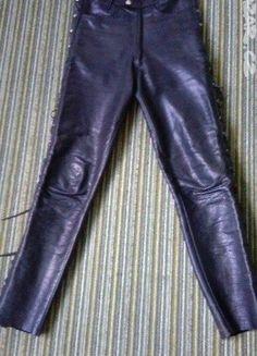 Kupuj mé předměty na #vinted http://www.vinted.cz/damske-obleceni/kozene-kalhoty/13306838-kozene-kalhoty-cerne-z-prave-kuze