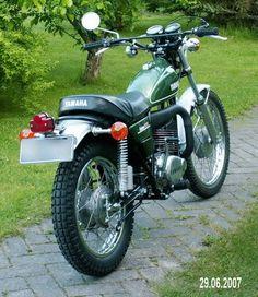 Go look at just a few of my most desired builds - customized scrambler bikes like Suzuki Bikes, Yamaha Motorcycles, Motorcross Bike, Scrambler Motorcycle, Enduro Vintage, Vintage Bikes, Yamaha 250, Retro Scooter, Japanese Motorcycle