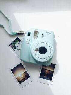 I like this color instax mini camera, polaroid camera, fujifilm instax mini Poloroid Camera, Polaroid Instax, Instax Mini Camera, Instax Mini 8, Fujifilm Instax Mini, Baby Pink Aesthetic, Blue Aesthetic, Polaroid Pictures, Polaroids