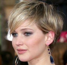 Jennifer Lawrence Makeup Tips and Hairstyle at 20th Annual Screen Actors Guild Awards