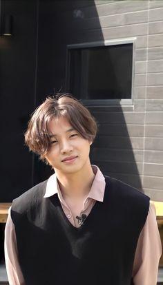 Ikon Kpop, Fandom Kpop, Ikon Wallpaper, Boyfriend Pictures, Kim Hanbin, Kim Jin, Yg Entertainment, Pretty Boys, Bobby