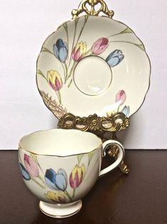 Gold Standard Porcelain China Value #PorcelainDollsHistory