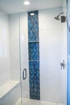 Small Bathroom With Shower, Bathroom Design Small, Bathroom Interior Design, Modern Bathroom, Master Shower Tile, Master Bath, Bathroom Inspiration, Bathroom Ideas, Shower Remodel