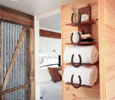 rustic-horseshoe-towel-rack-in-rv-mountainmodernlife.com
