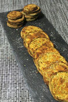 Berenjenas rebozadas al horno   INGREDIENTES:   1 berenjena  1 diente de ajo  4 cucharadas de pan rallado  2 cucharadas de queso rallado ...