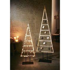 ber ideen zu moderne weihnachtsb ume auf pinterest moderne weihnachten. Black Bedroom Furniture Sets. Home Design Ideas