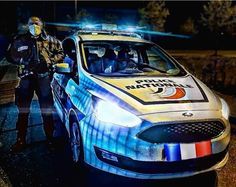 """IPA Yvelines 78 shared a post on Instagram: """"➡️Photo de Romain, Policier au CSP de Selestat et membre IPA78 . 👉𝐒𝐎𝐔𝐓𝐈𝐄𝐍 𝐀𝐔 𝐂𝐎𝐑𝐏𝐒 𝐌𝐄𝐃𝐈𝐂𝐀𝐋…"""" • Follow their account to see 232 posts. Ipa, Around The Worlds, Medical, Posts, Vehicles, Instagram, Police Officer, Messages, Medicine"""