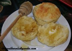 Mashed Potato Biscuits..  cool!  I always have leftover mashed potatoes that I end up saving and then throwing out.