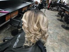 Blonde soft ombre