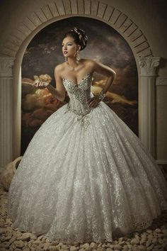 http://www.dhgate.com/product/lace-ball-gown-wedding-dresses-with-rhinestones/206290081.html#s6-21-1|654235627