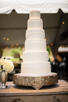Here's another beautiful photo of the wedding cake we made for Bailey & Jonathan's wedding. Chattanooga Outdoor Wedding Venue Debarge Winery Wedding | Moncrief Photography