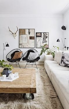 Méchant Design: at home with Betina Stampe. Coffee table love! But I would tuck the castors back a bit and round the corners because of my clumsiness