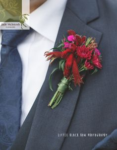Blog post May 2016: Buttonholes and Corsages - The Next Big Thing? www.jademcintoshflowers.com.au Jenelle & Jeff 25.09.15 9