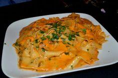 Lobster Tagliatelle in Gigi sauce Thai Red Curry, Abs, Tasty, Restaurant, Ethnic Recipes, Food, Crunches, Diner Restaurant, Essen