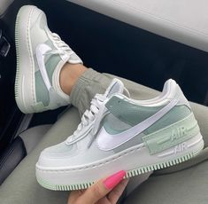 Nike Air Force 1 brand new colorway, they are a dream be quick girls! Dr Shoes, Cute Nike Shoes, Hype Shoes, Shoes Sneakers, Nike Custom Shoes, Girls Sneakers, Green Nike Shoes, Casual Sneakers, White Sneakers