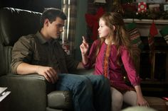 Find images and videos about wolf, twilight and jacob black on We Heart It - the app to get lost in what you love. Twilight Jacob And Renesmee, Twilight Film, Jacob Black Twilight, Twilight Saga Books, Twilight Quotes, Twilight Breaking Dawn, Breaking Dawn Part 2, Twilight Pictures, Twilight James