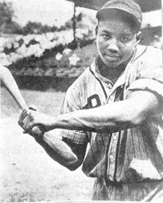 """I don't sing and dance , they could never handle a Negro like me because I will break their face and all their records"" -Josh Gibson = GOAT National Baseball League, Negro League Baseball, National League, Baseball Players, Baseball Cards, Baseball Teams, Baseball Quotes, Backyard Baseball, The Sporting Life"