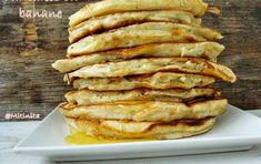 Pancakes cu banane - Carte de Rețete Banana Pancakes, 30 Minute Meals, Fun Desserts, Apple Pie, Waffles, Food And Drink, Breakfast, Pastries, Banana