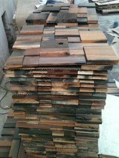 Transforming the Wood into 3D Wall Mosaic