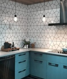 Biggest Kitchen and Bath Trends for 2020 and 2021 Tile Trends, Kitchen Design Trends, Bathroom Trends, Kitchen And Bath, Kitchen Remodel, Big Kitchen, Kitchen Backsplash Trends, Bath Trends, Kitchen Design
