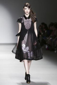 Bora Aksu Ready To Wear Fall Winter 2015 London - NOWFASHION