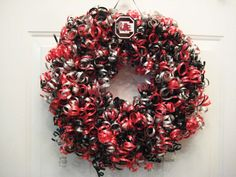 Curly gamecock wreath